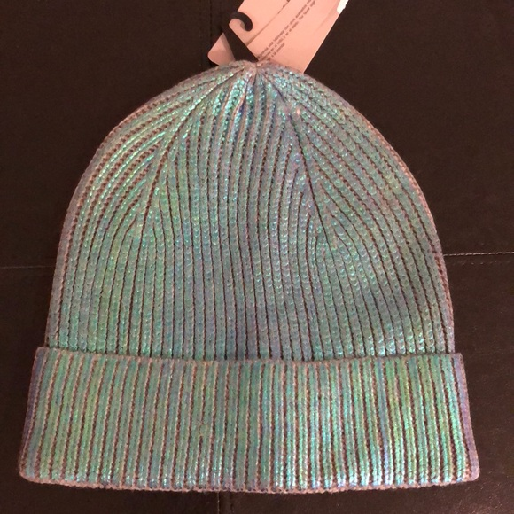 ZARA IRIDESCENT HAT SIZE MEDIUM new with tags 08b87dba456